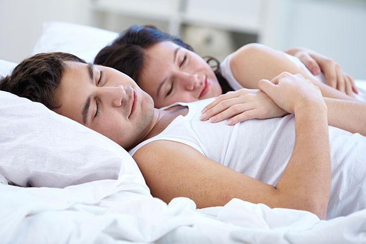 Seks Membuat Tidur Menjadi Lebih Nyenyak